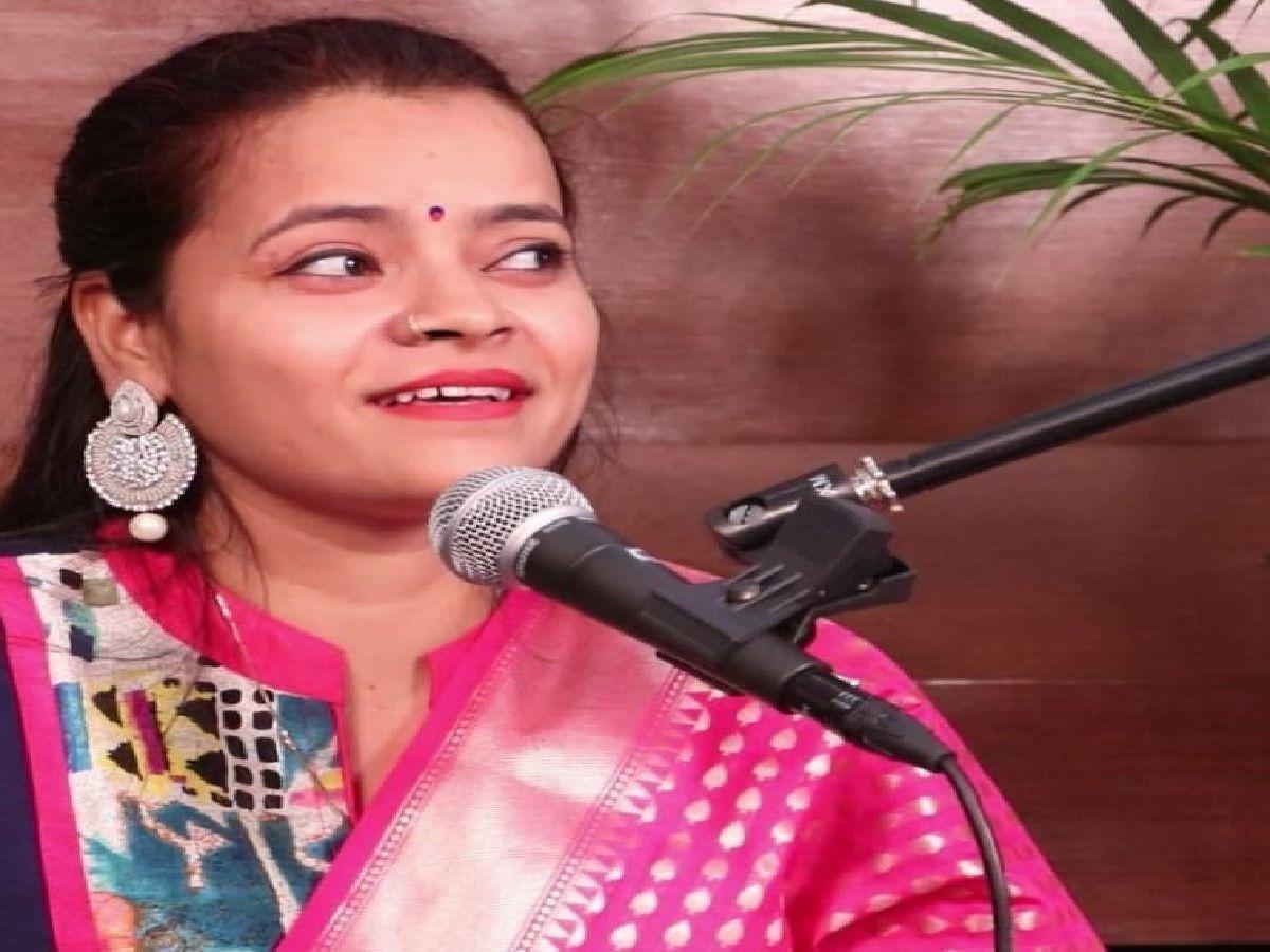 Folk Singer Chandan Tiwari