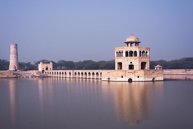 Hiran Minar pakistan