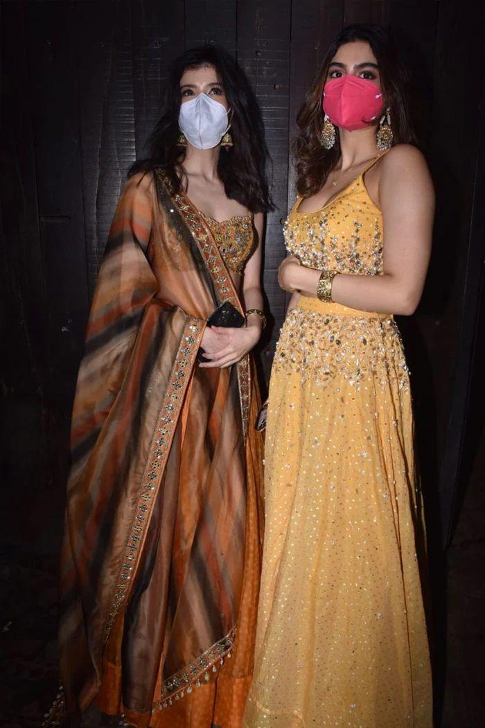 Jhanvi kapoor in Rhea kapoor marriage
