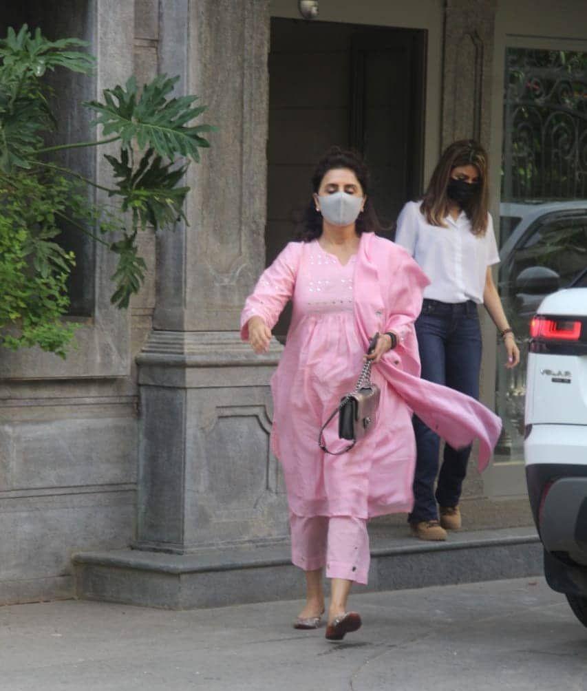 Neetu Kapoor in Randhir Kapoor house