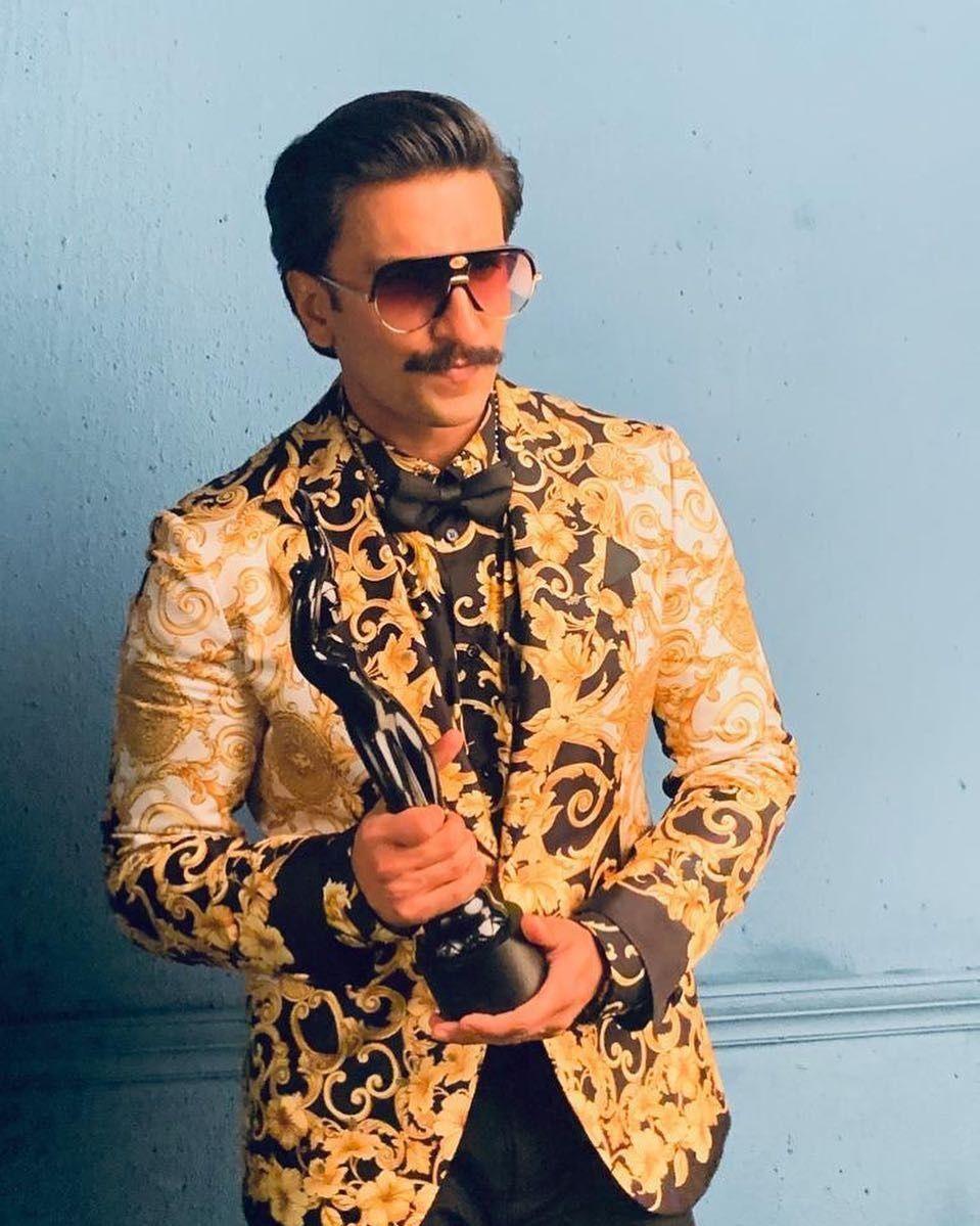 Ranveer Singh Filmfare look