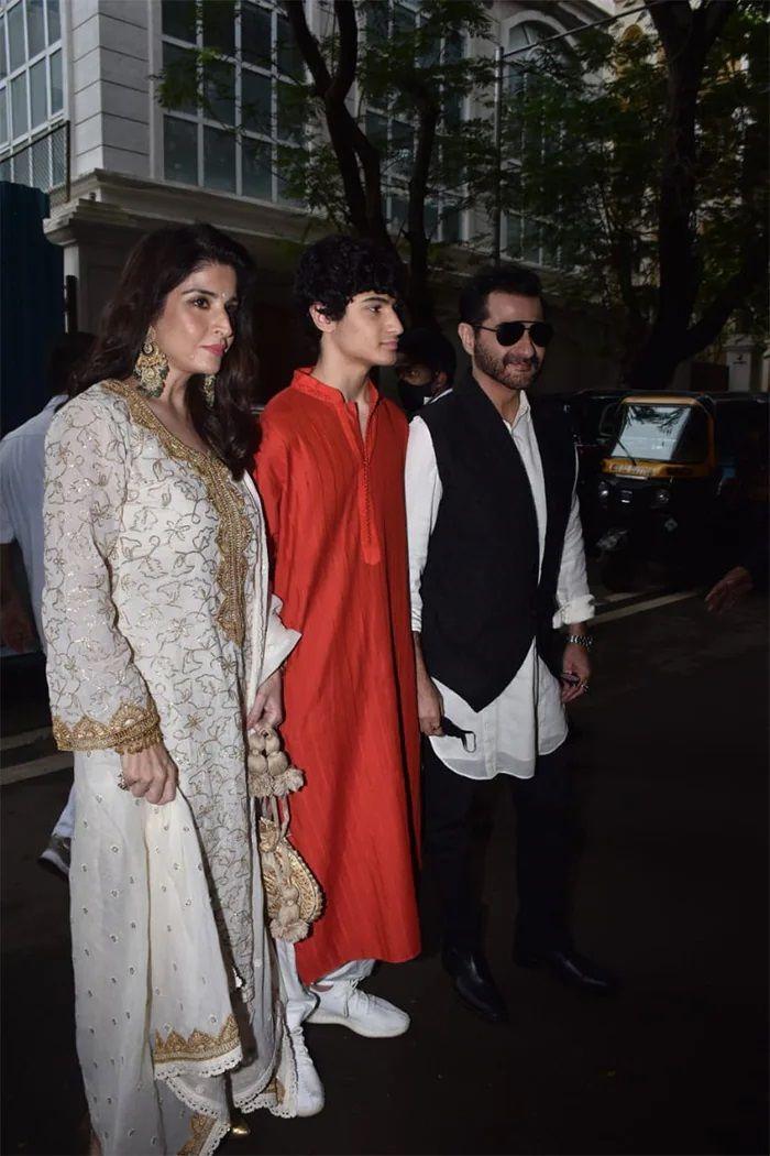 Sanjay Kapoor family in Rhea Kapoor and Karan Boolani wedding