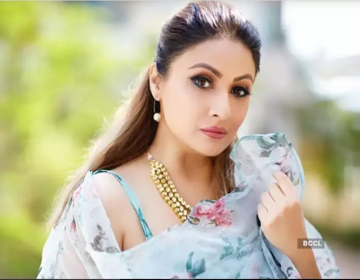 TV Actress Urvashi Dholakia