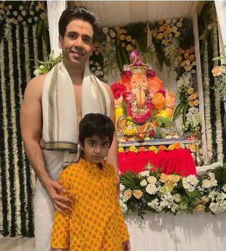 Tushar kapoor son Laksshya Kapoor Ganesh Chaturthi celebration