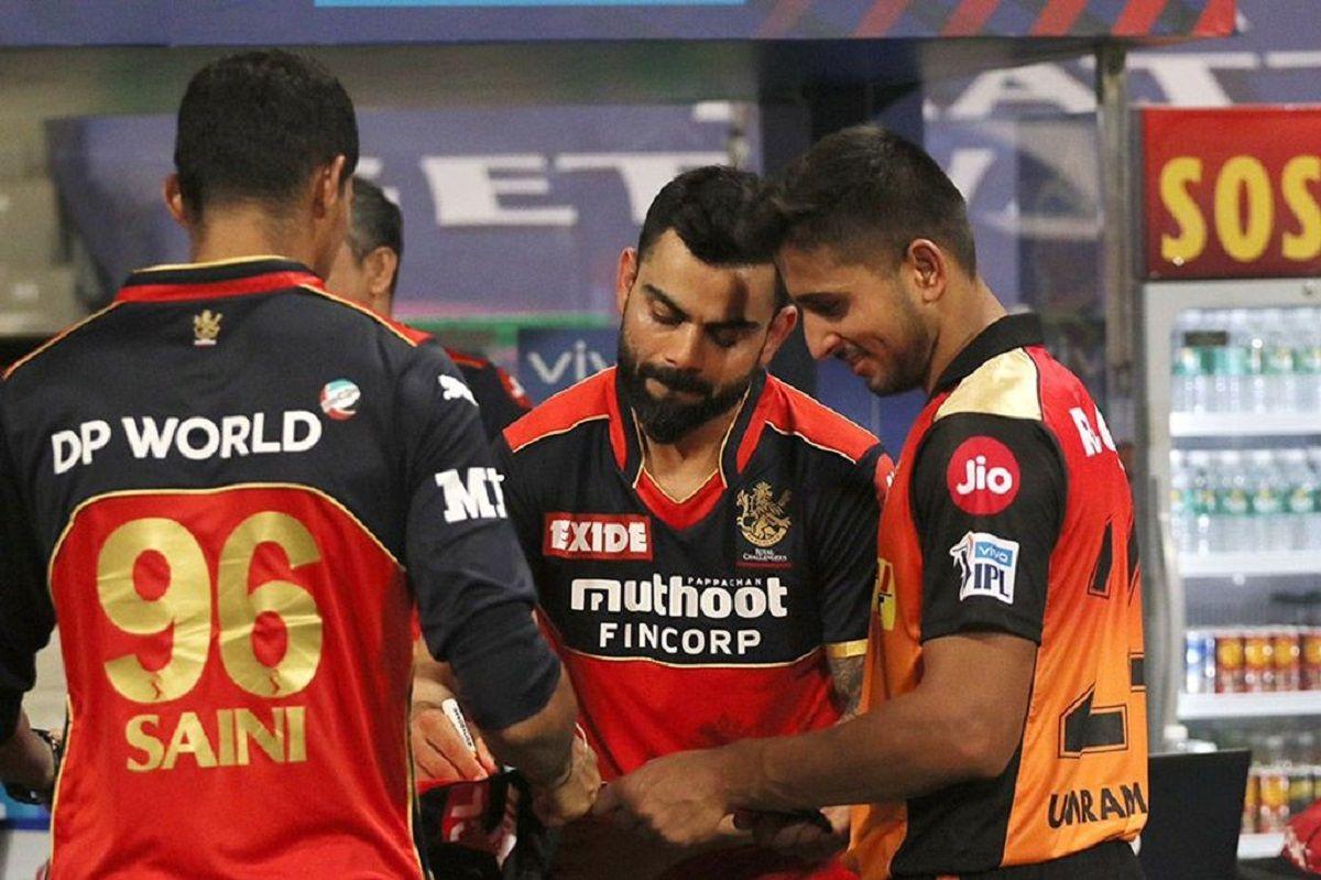 Umran Malik with Virat Kohli