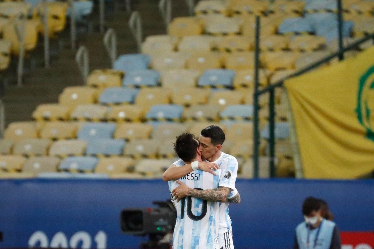 Angel di Maria with Lionel Messi