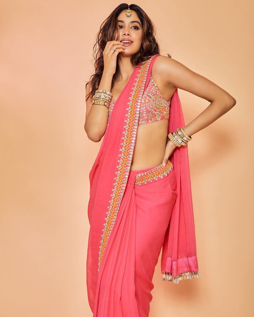pink sarees photos, pink saree style tips, pink sarees inspired by bollywood actress