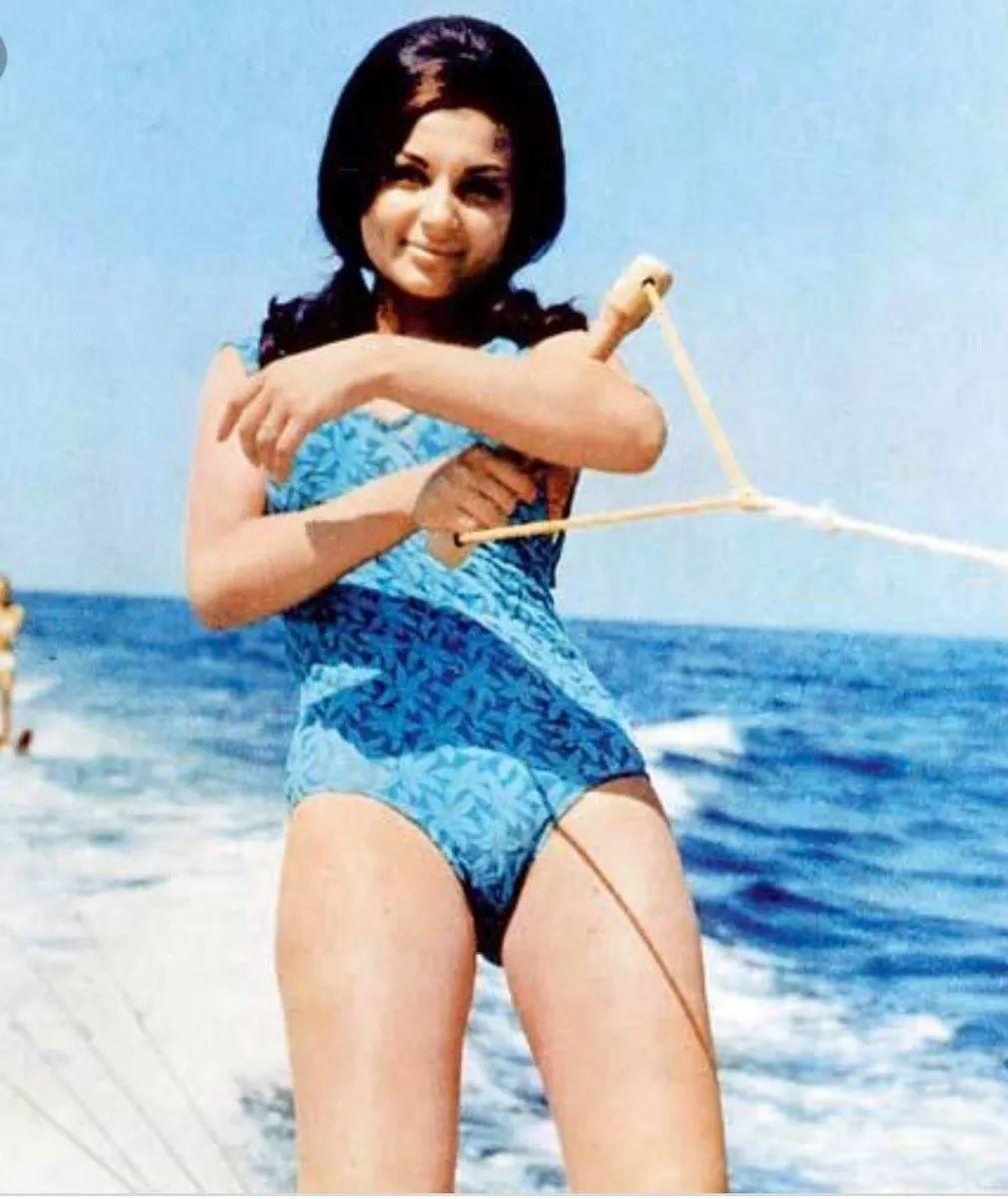old actress bikni 1 Sharmila Tagore