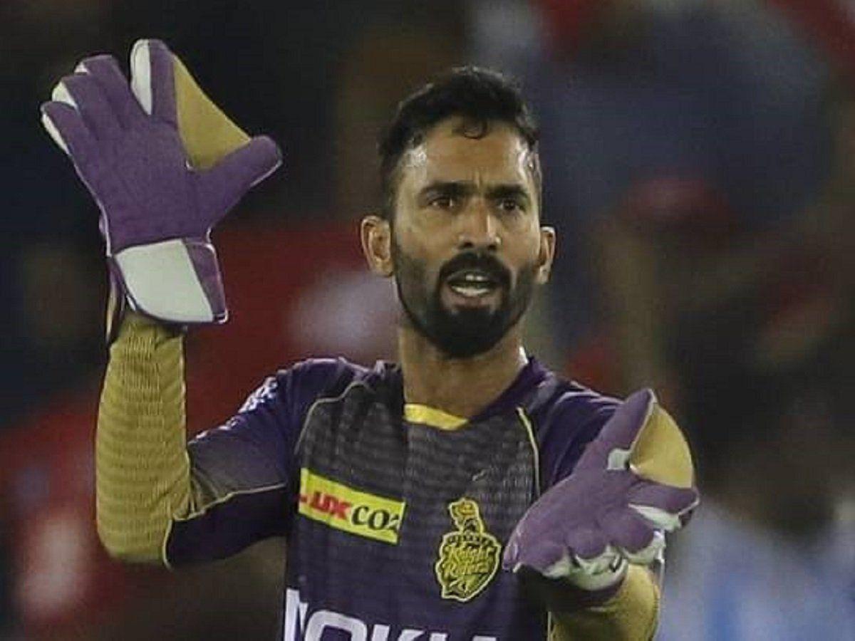 RCBvKKR, KKR captain Dinesh Karthik says AB de Villiers made the difference  against RCB, विराट सेना के खिलाफ शर्मनाक हार के बाद कार्तिक बोले- हर कप्तान  का अपना दिन होता है जब.. |
