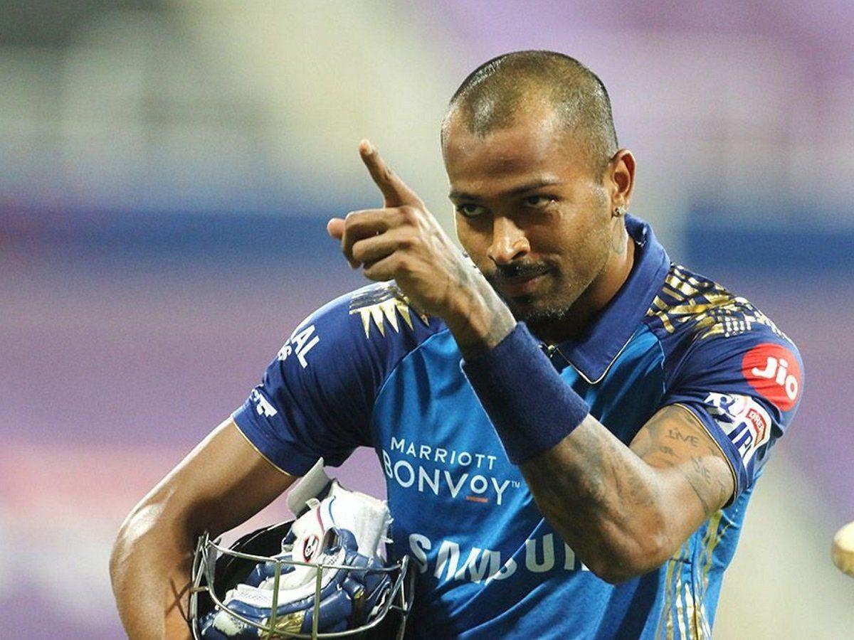 Hardik Pandya, हार्दिक पांड्या का 'डबल धमाल', आईपीएल में ये कारनामा अंजाम देने वाले पहले भारतीय, Hardik Pandya Become first indian batsman to Achieve This Feat in IPL   IPL News in