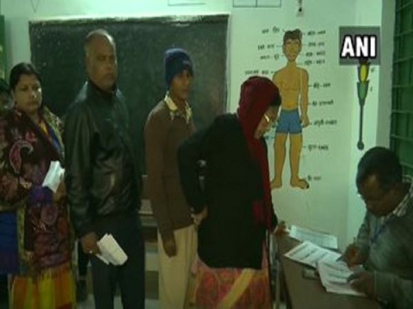 Jharkhand election second phase polling in 20 Assembly constituencies Chief Minister Raghubar Das in fray