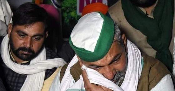 टिकैत के आंसुओं ने एकदम बदले हालात, गाजीपुर पर फिर जुटे किसान तो मुजफ्फरनगर  में आज महापंचायत| Rakesh Tikait's tears completely changed the situation in  Ghazipur and ...