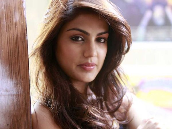 Rhea dropped names of B-Town A-listers.18-19 names under scanner of the NCB Sources
