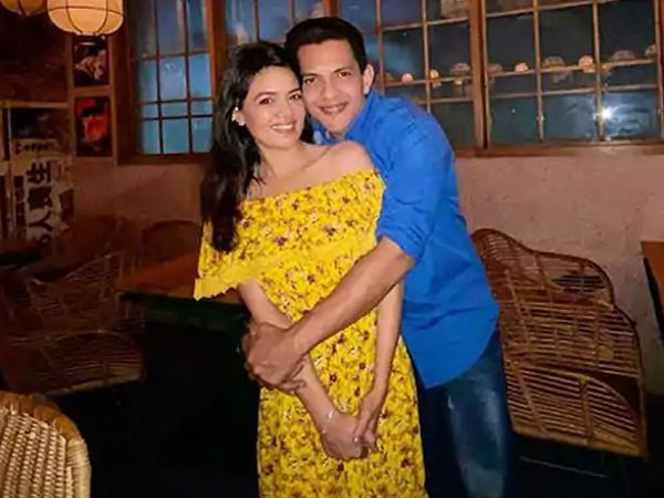 Aditya Narayan Getting Married In December With Shweta Agarwal Takes A Break From Social Media
