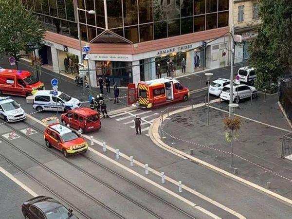 फ्रांस के नीस शहर में चर्च के बाहर दो लोगों की चाकू मारकर हत्या, मेयर बोले- आतंकी कदम