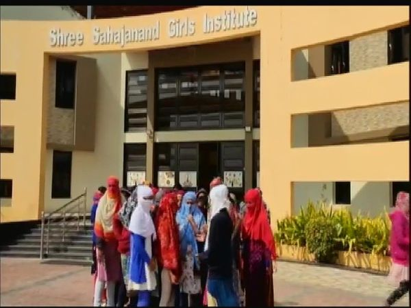 girl students asked to remove underwears