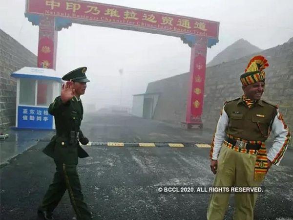 LAC पर तनाव के बीच मिले भारत-चीन के शीर्ष सैन्य कमांडर्स