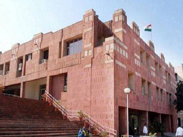 कराह रहा है देश का मशहूर विश्वविद्यालय JNU, आखिर कौन है जिम्मेदार ?