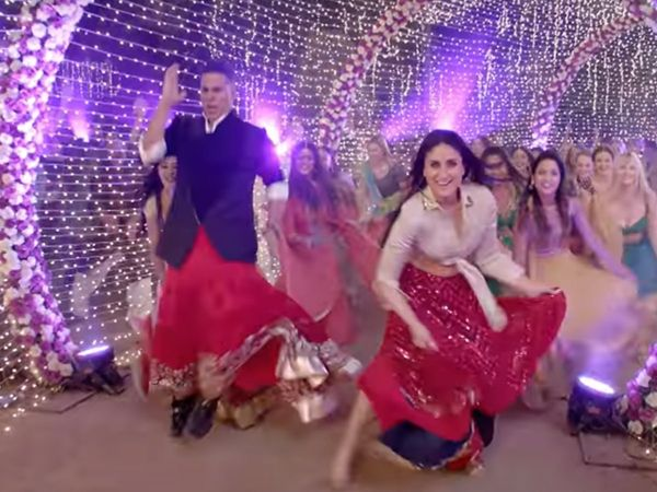 Good Newwz song Laal Ghaghra Video: करीना के साथ 'लाल ...