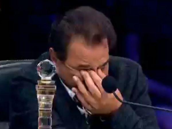 dharmendra Emotional in Superstar Singer show Watch Video