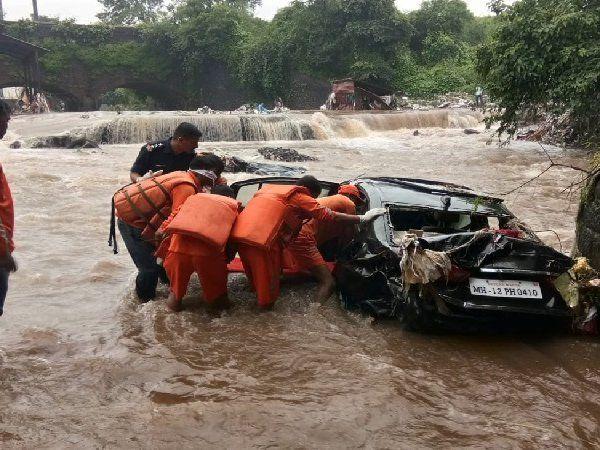 Pune flood claims 12